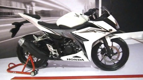 Honda-all-new-cbr150-warna-putih