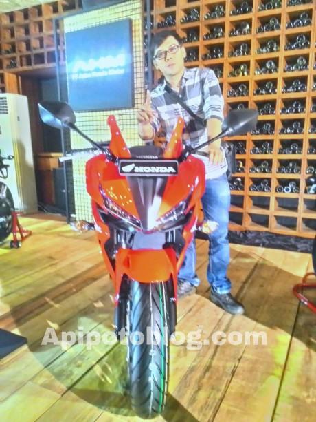 Honda-CBR500R-APIPOTOBLOG