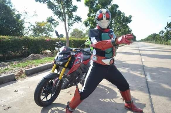 Yamaha xabre kamen rider 3