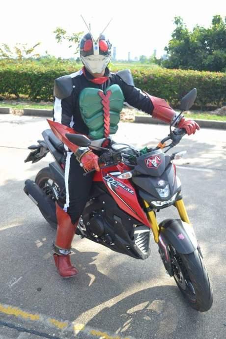 Yamaha xabre kamen rider 4