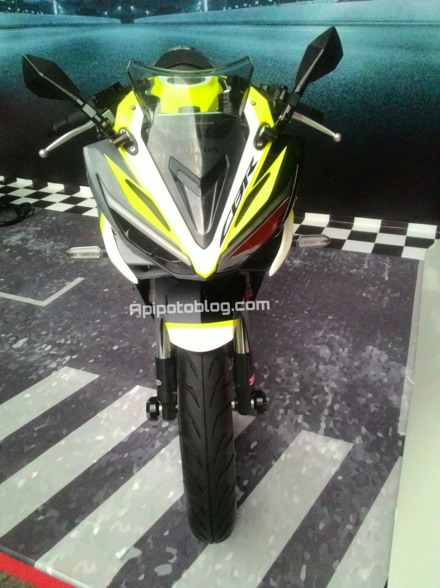 Nih Cicilan Kredit Honda CBR150R .. Lumayan Tuh..!