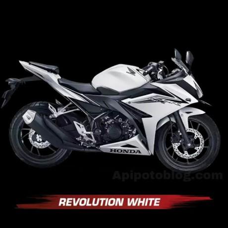 Harga All New Honda CBR150R 2016Revolution White