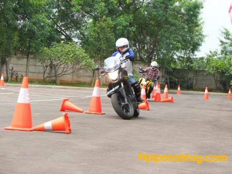 Safety riding Wahana Makmur Sejati