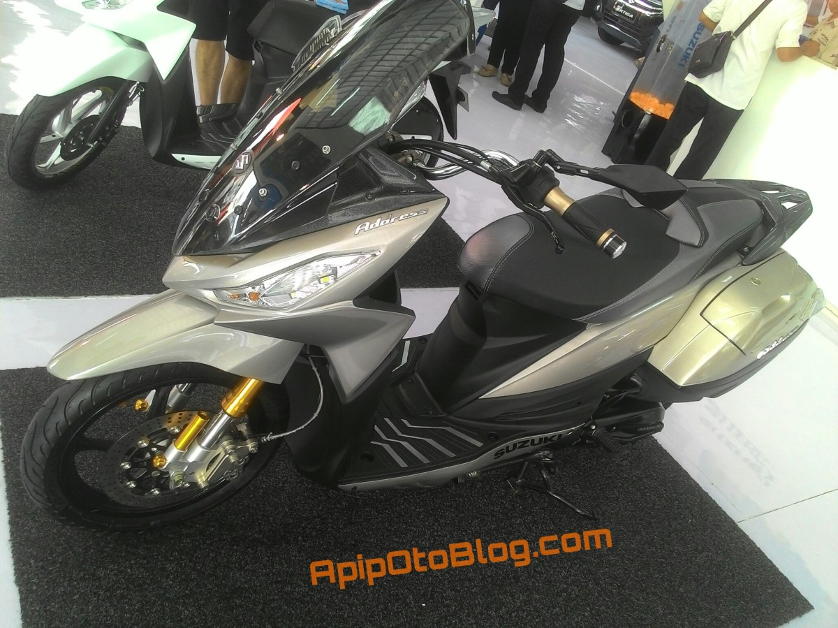 Modifikasi Suzuki Address Ala Big Scooter , Intip Detail nya Nih..!