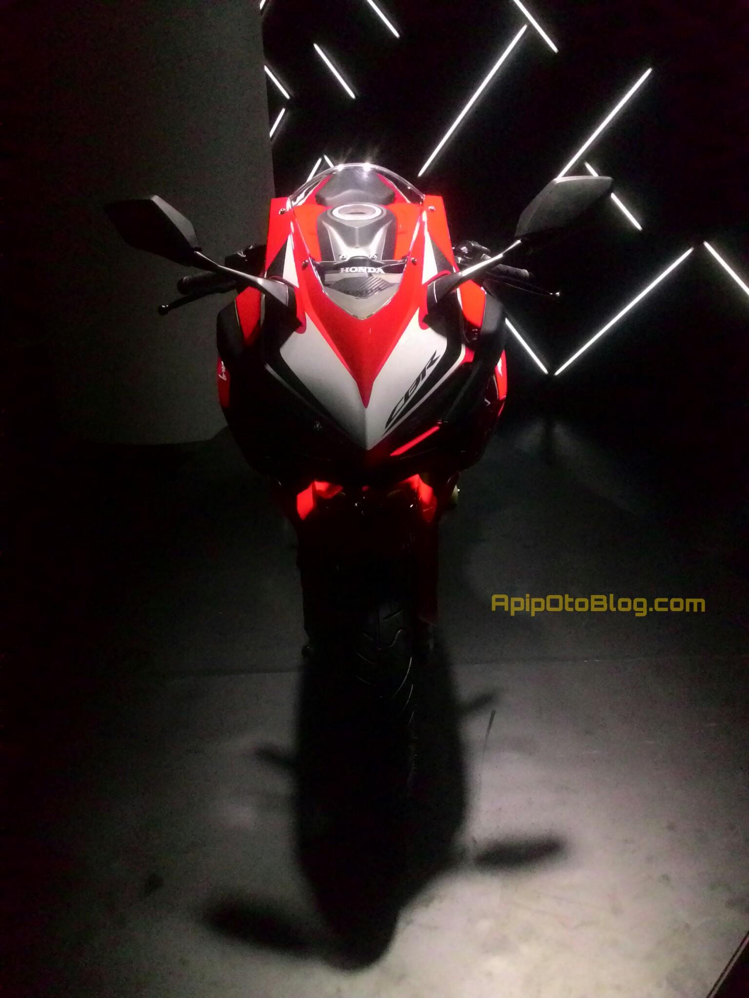 Https 2016 08 29 Ujug Honda Meng All New Cb 150r Streetfire Wild Black Kab Semarang Cbr250 Merah Jpeg