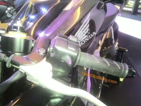 riding-mode-cbr250rr-.jpg.jpeg